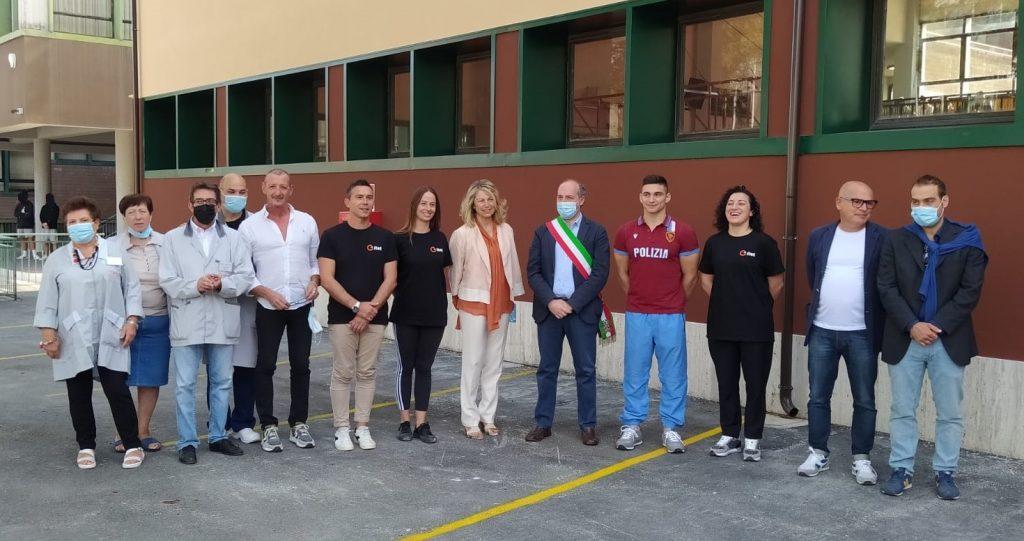 """Taglio del nastro per la rinnovata palestra dell'Itet Carducci-Galilei, Corradini: """"Abbiamo in campo una grande squadra"""""""