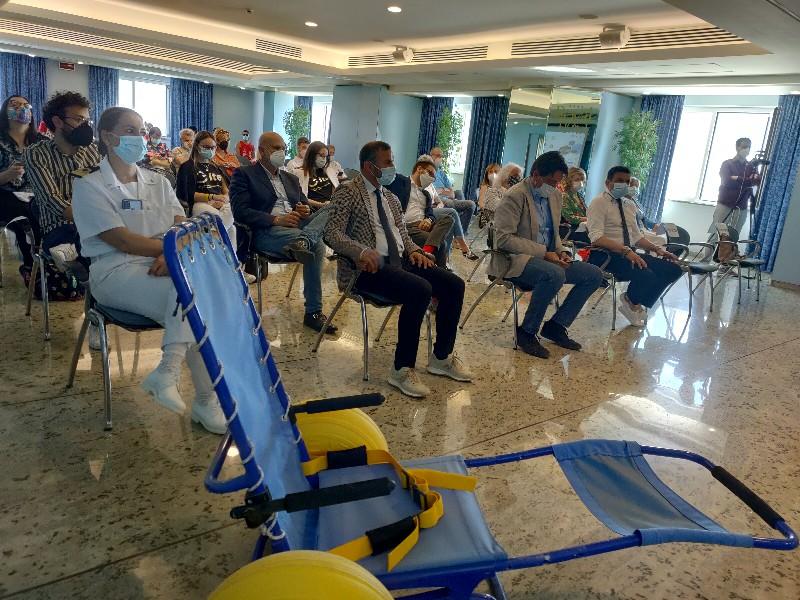 Fermo punta sulla sicurezza: sup, salvataggio e defibrillatori. Accordo con l'Itet per i giovani esperti di turismo